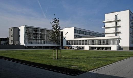 Gropius_Bauhaus-Dessau_011